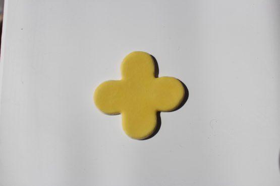 szkliwo ( 1,5 kg ) matowe - żółte mniszek